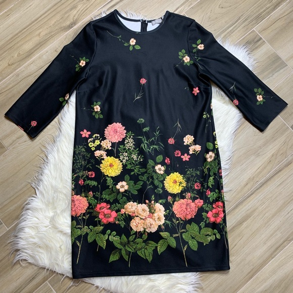 ASOS Dresses & Skirts - ASOS Black Floral 3/4 Sleeve Dress Size 6